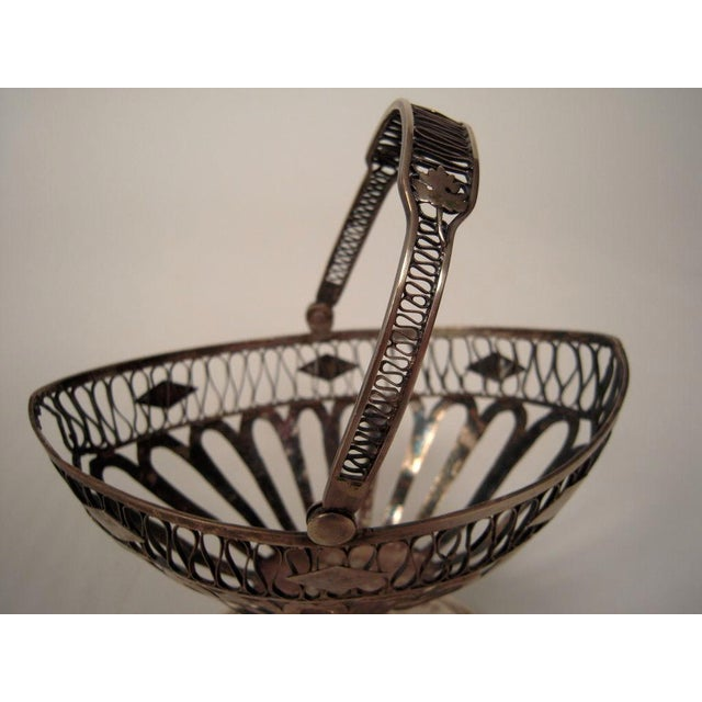 European Silver Neoclassical Basket For Sale In Boston - Image 6 of 6