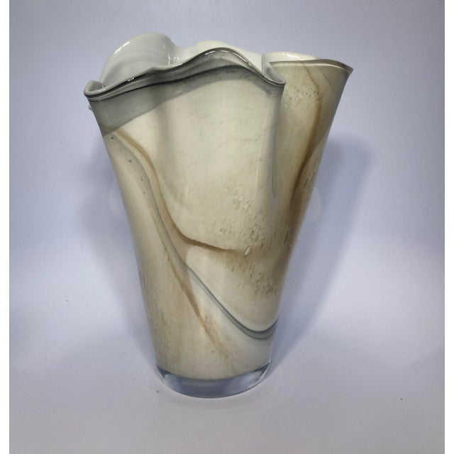 Contemporary Hand-Blown Polish Glass Handkerchief Vase For Sale - Image 3 of 8