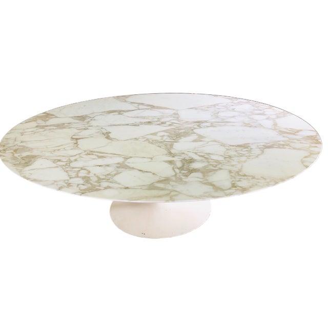 "Knoll Knoll Eero Saarinen 78"" Oval Arabescato Marble Tulip Dining Table For Sale - Image 4 of 9"
