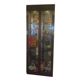 1960s Vintage Curio Lighted Glass Display Cabinet For Sale