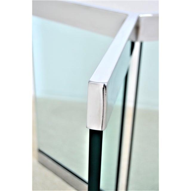 Leon Rosen 1970s Leon Rosen for Pace Pedestal Base- Mid Century Modern MCM Chrome Glass Art Deco Minimalist For Sale - Image 4 of 8