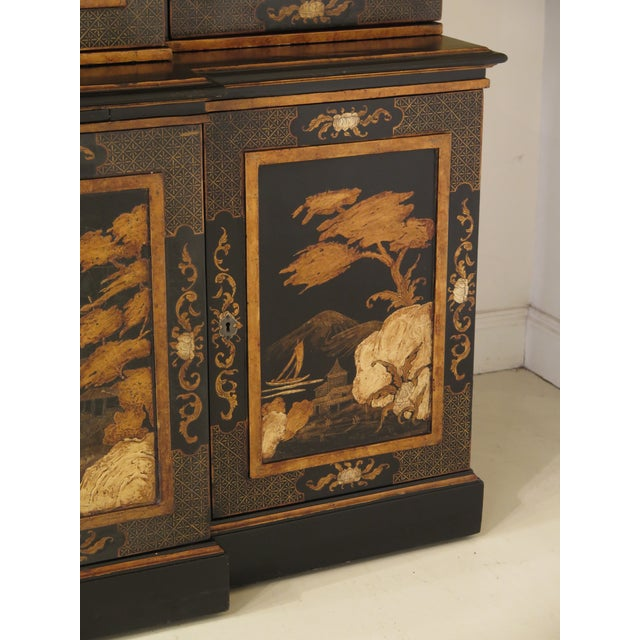 Chinoiserie 1980s Chinoiserie Decorated 4 Door Breakfront Bookcase For Sale - Image 3 of 13