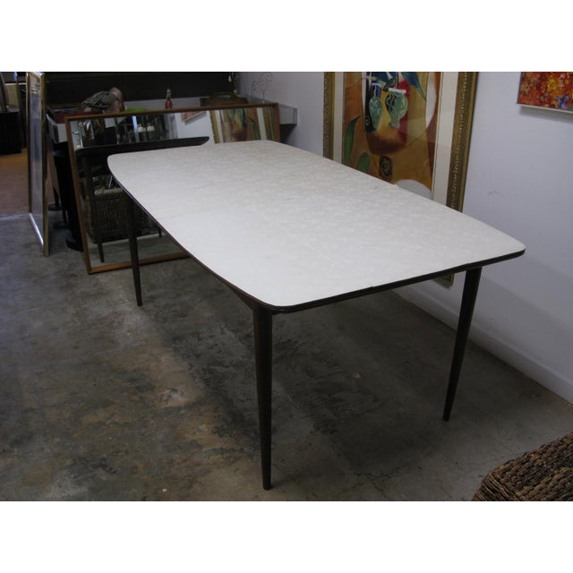 Wood Mid Century American of Martinsville Walnut Dining Table For Sale - Image 7 of 10