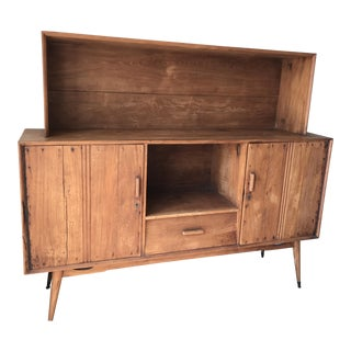 HD Buttercup Sideboard With Hutch