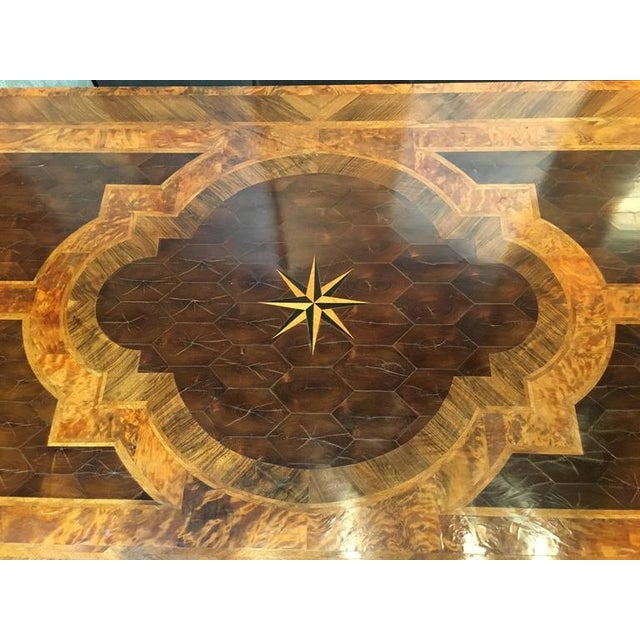 English George III Marquetry Extendable Dining Table For Sale - Image 10 of 10