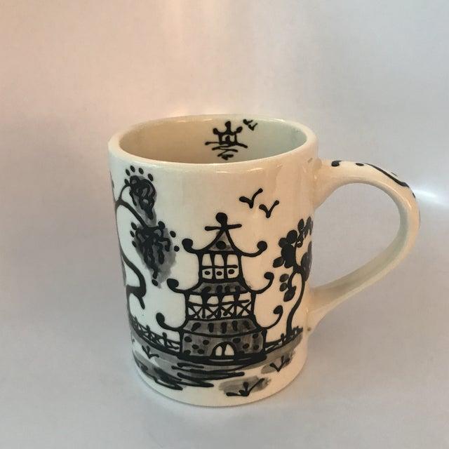 Black Porcelain Chinoiserie Mug - Image 2 of 5