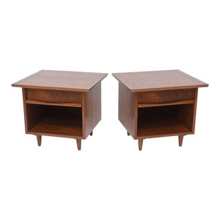Pair of American Modern Walnut Night Tables, George Nakashima For Sale