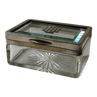 Early 20th Century French Art Deco Crystal Box For Sale