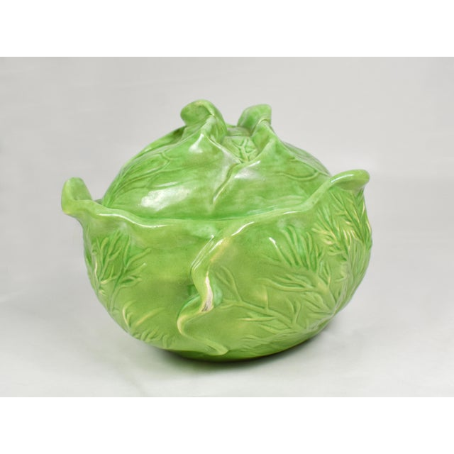 Green Mid-Century Holland Mold Ceramic Lettuce or Cabbage Serving Bowl With Lid For Sale - Image 8 of 12