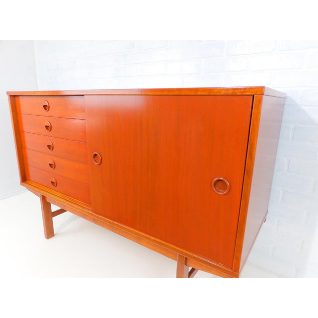 Sideboard designed by Folke Ohlsson for Dux of Sweden in a compact size that would be perfect as a media cabinet. Ideal in...