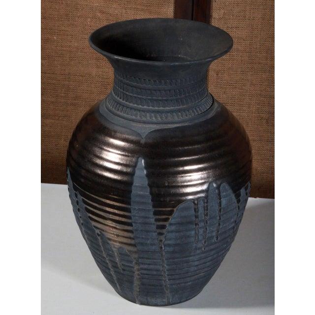 Large Sebastiano Maglio Haeger Black Pottery Vase - Image 3 of 7