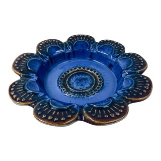 Jie Gantofta 1960's Petal Edge Cobalt Blue Stoneware Bowl For Sale