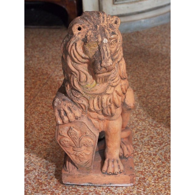 Early 19th Century Italian Terra Cotta Lions - Pair For Sale In New Orleans - Image 6 of 9
