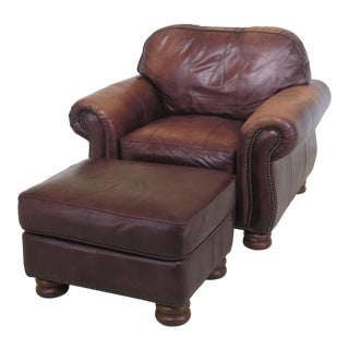 1990s Vintage Thomasville Leather Club Chair & Matching Ottman For Sale