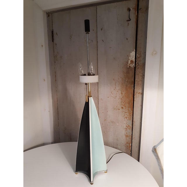 Metal Vintage Parabolic Fin Lamp by Gerald Thurston for Lightolier For Sale - Image 7 of 7