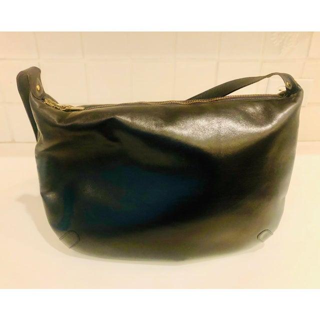 Salvatore Ferragamo 1980s Salvatore Ferragamo Large Navy Leather Hobo Purse For Sale - Image 4 of 9