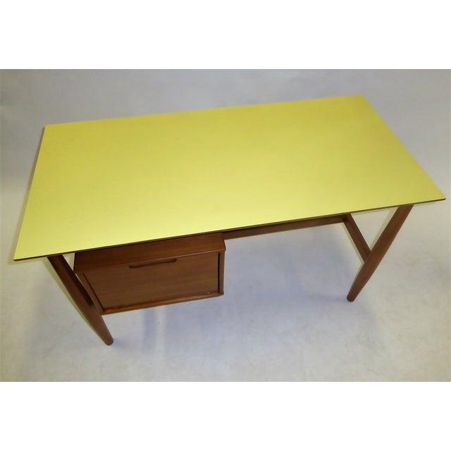 Drexel 1950s Mid-Century Modern Blond Elm Writing Desk by Milo Baughman for Drexel For Sale - Image 4 of 13