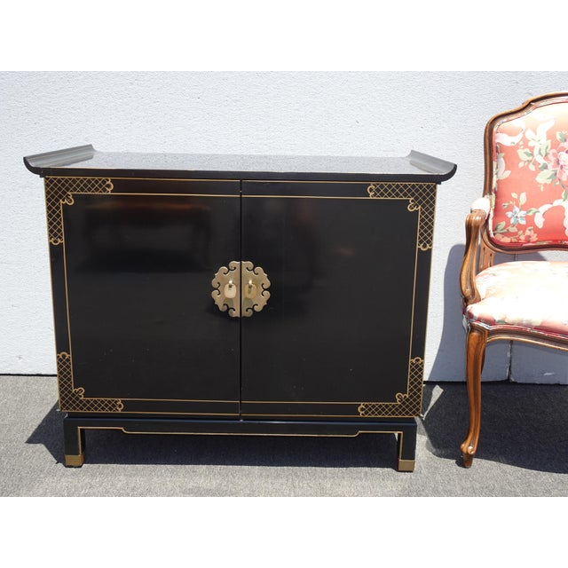 Vintage Mid Century Chinoiserie Oriental Asian Black Entry Table Cabinet For Sale - Image 9 of 13