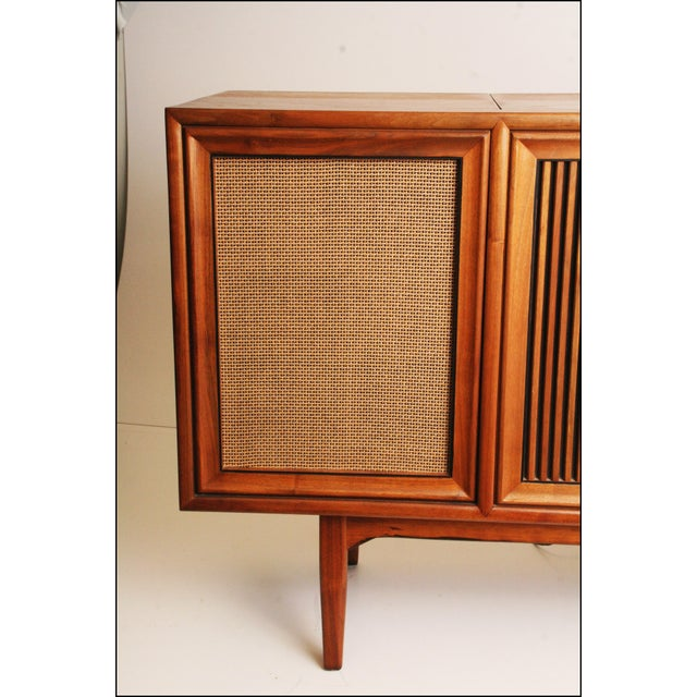 Drexel Drexel Mid-Century Modern Record Console Credenza For Sale - Image 4 of 11