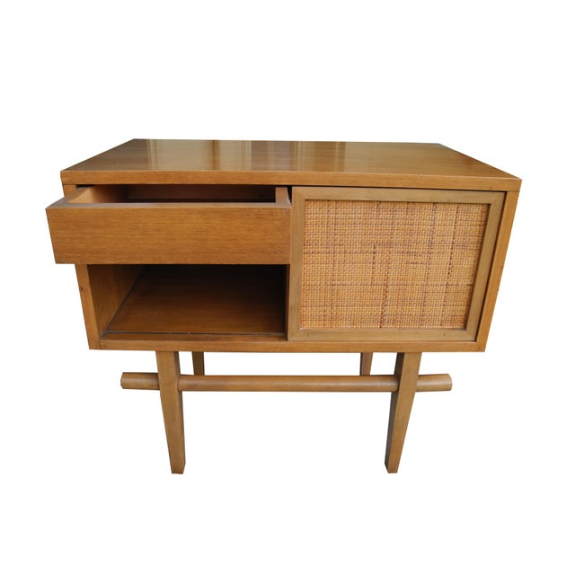 Asian 1950's Mid-Century Modern Single Maple Nightstand For Sale - Image 3 of 9