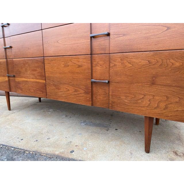 Wood 1960s Kipp Stewart for American Design Foundation Mid Century Modern 6 Drawer Dresser For Sale - Image 7 of 9