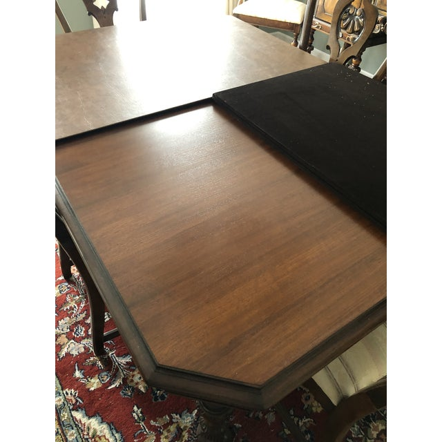 1930s Berkey and Gay Dining Set For Sale - Image 5 of 12