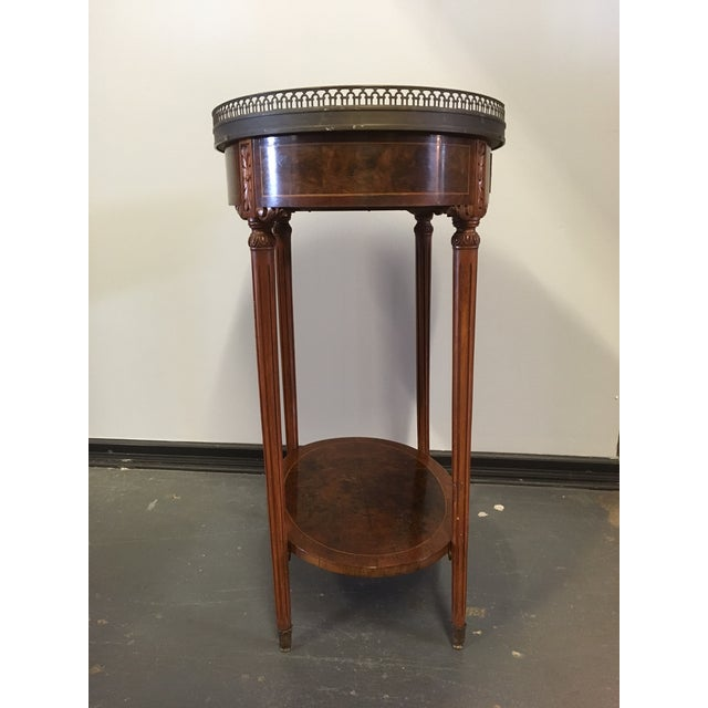 French 1900s French Oval Side Table With Marble Top For Sale - Image 3 of 13