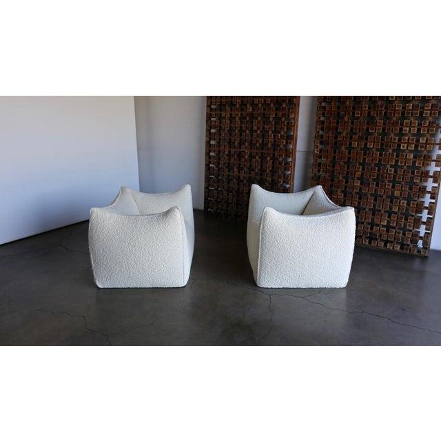 "Textile Mario Bellini "" Le Bambole "" Lounge Chairs for B&b Italia, Circa 1985 - a Pair For Sale - Image 7 of 13"