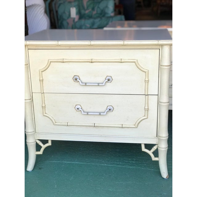 Vintage Dixie Faux Bamboo Fretwork Nightstands-A Pair For Sale - Image 9 of 12