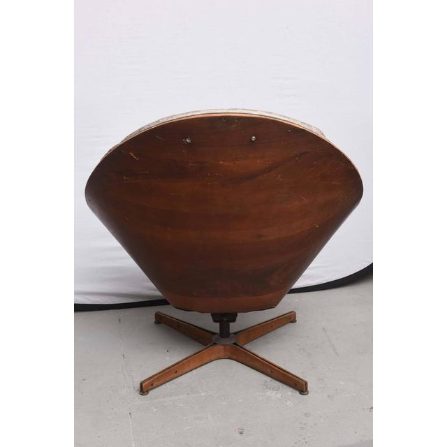 1950s Rare Early Edition Plycraft Swivel Wooden Egg Chair, 1950s, Usa For Sale - Image 5 of 10