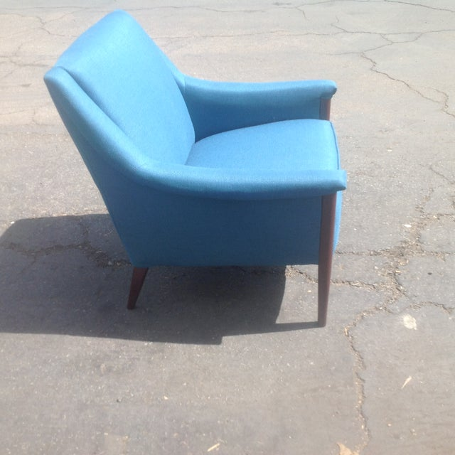 Mid-Century Modern Mid-Century Style Club Chair For Sale - Image 3 of 5