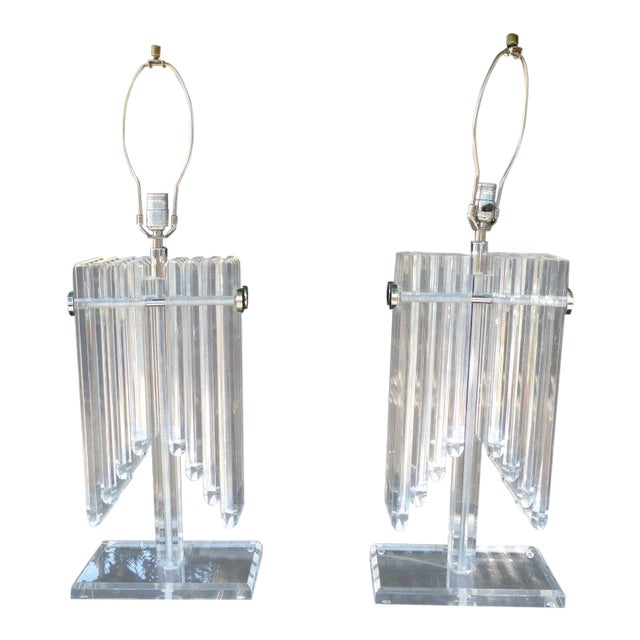 1970s Vintage Stacked Angel Wing Lucite Lamps - A Pair For Sale