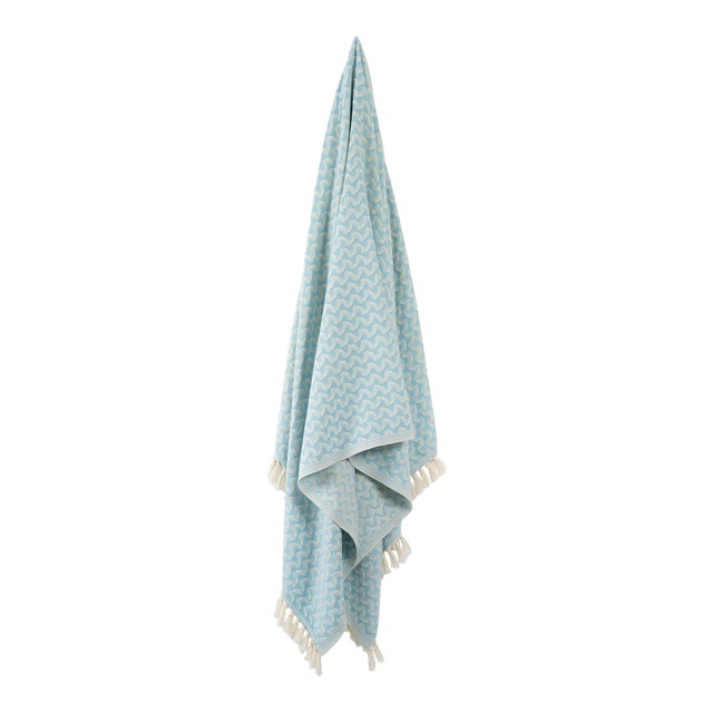 Silent Ripple Handmade Organic Cotton Towel in Powder Blue For Sale