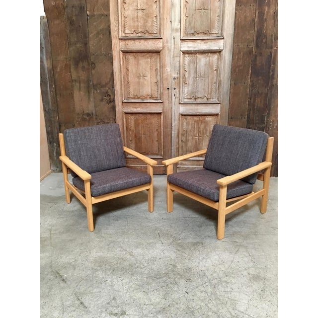 Hans Wegner Oak Lounge Chairs - a Pair For Sale - Image 10 of 10