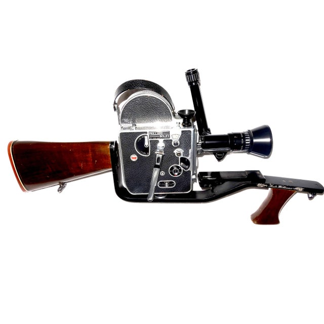 1950s Custom Hand Built Wood Hunting Gunstock and Fitment Carraige and Handgrip For A Bolex Movie Camera. Built By The Famous Gunsmith Dale Williams . For Sale - Image 5 of 11