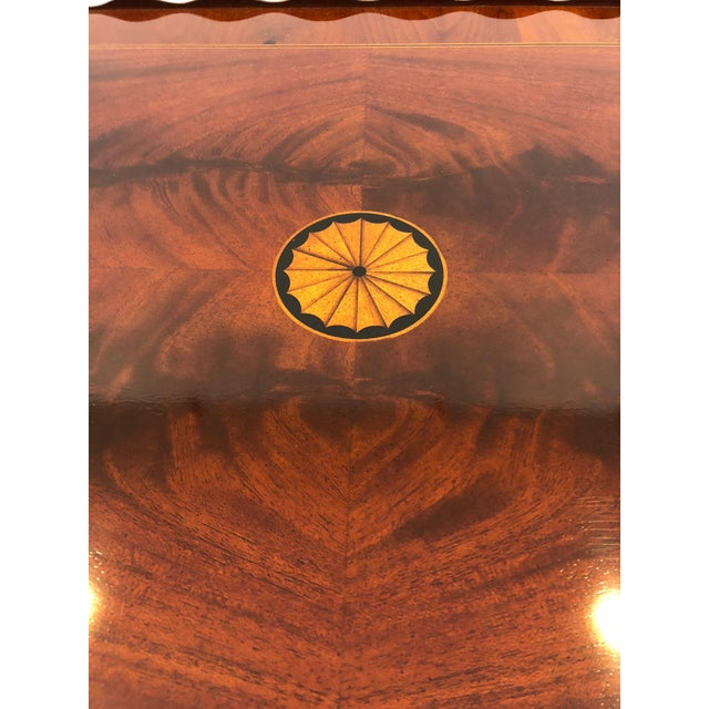 1980s Traditional Heckman Mahogany and Inlaid Tea Side Table For Sale - Image 10 of 13