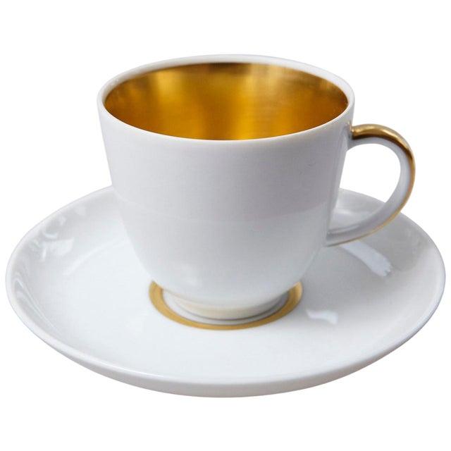 Set of 10 White and Gold Fürstenberg Porcelain Demitasse Cups & Saucers, Germany For Sale