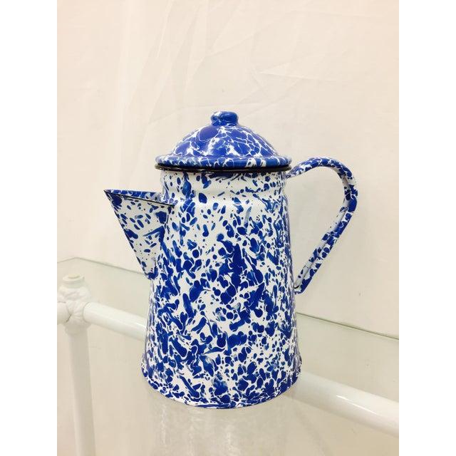Blue & White Paint Splattered Enamel 5-Piece Tea Set For Sale - Image 9 of 11