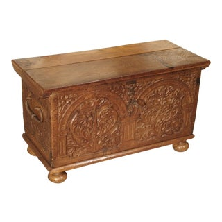 17th Century Carved Oak Trunk with Detailed Arcading and Foliate Motifs For Sale