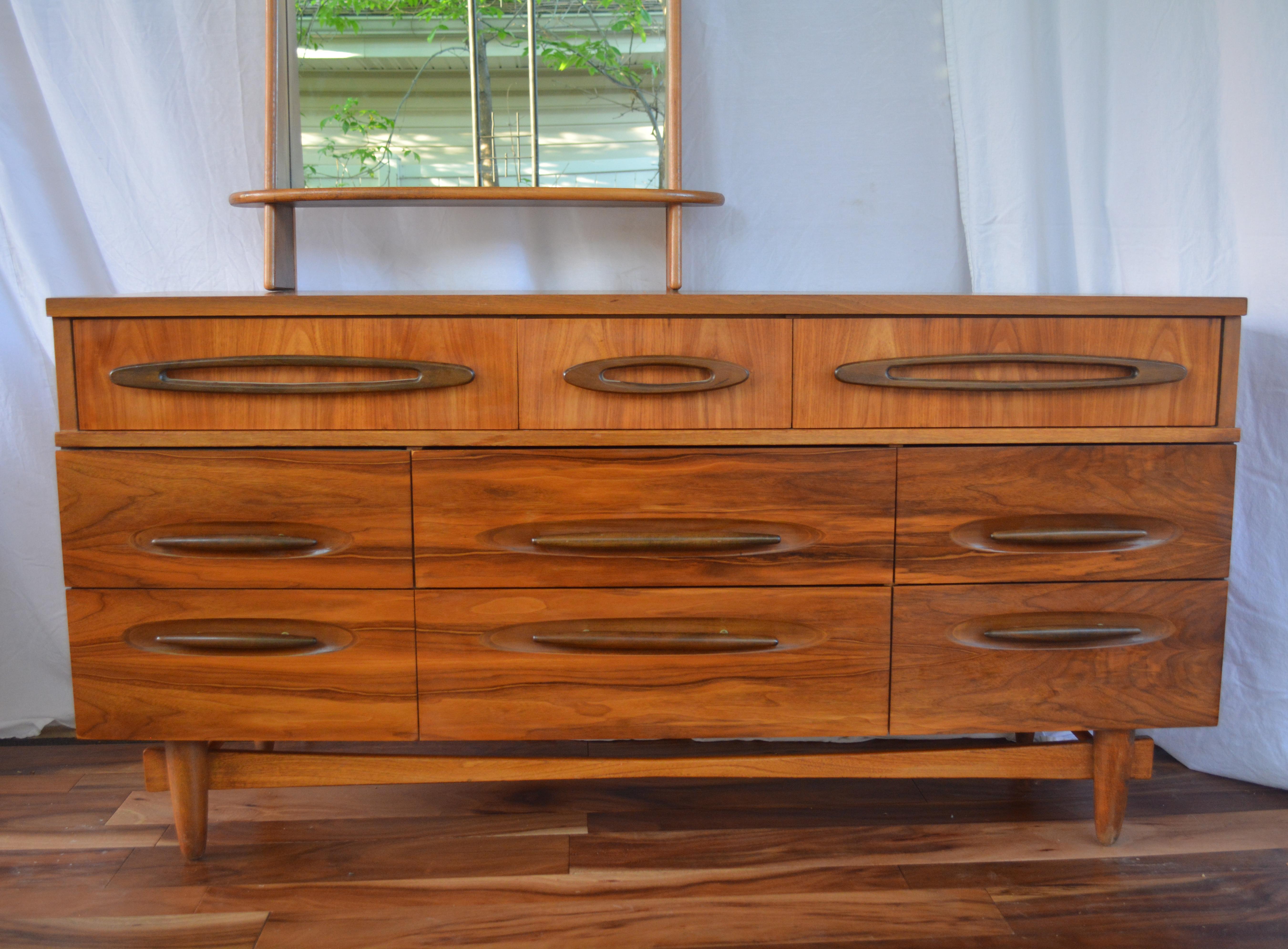 Genial Ward Furniture Mfg Co Mid Century Modern 9 Drawer Dresser   Image 3 Of 9