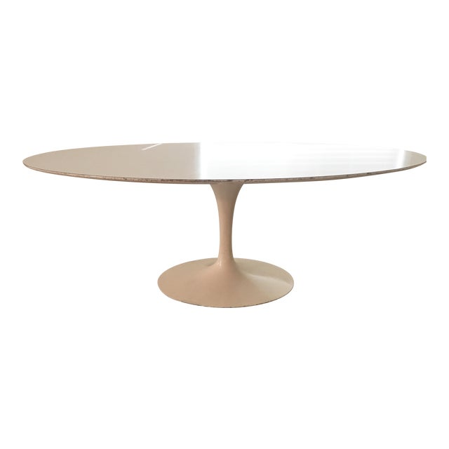 1960's Early Saarinen for Knoll Oval Tulip Dining Table For Sale
