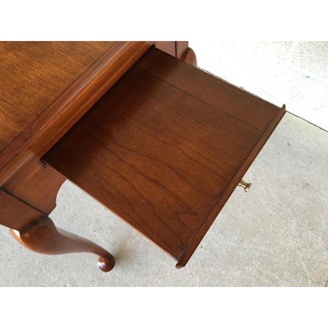 Statton Old Towne Solid Cherry Queen Anne Tea Table For Sale In Philadelphia - Image 6 of 8