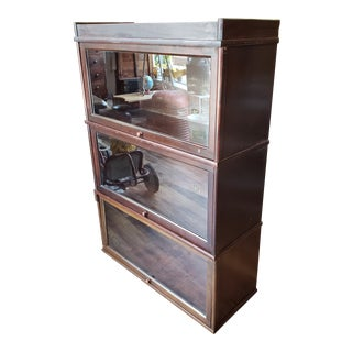 1910 Hale 3 Compartment Mahogany Barrister Bookcase For Sale