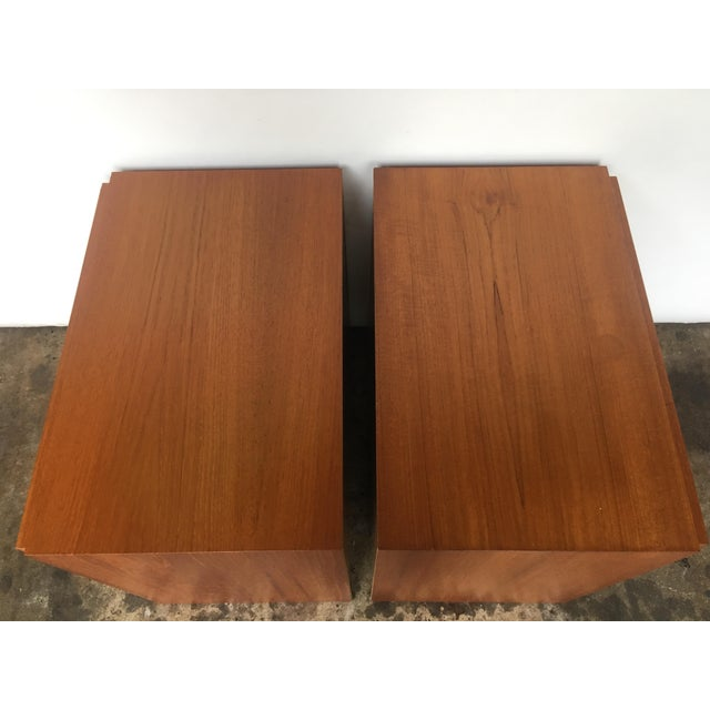 Bauhaus 1960s Mid Century Modern Teak Nightstands - Pair For Sale - Image 3 of 7