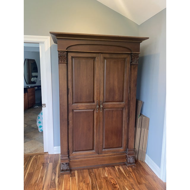 Traditional Thomasville Solid Wood Armoire in Condition For Sale - Image 3 of 5