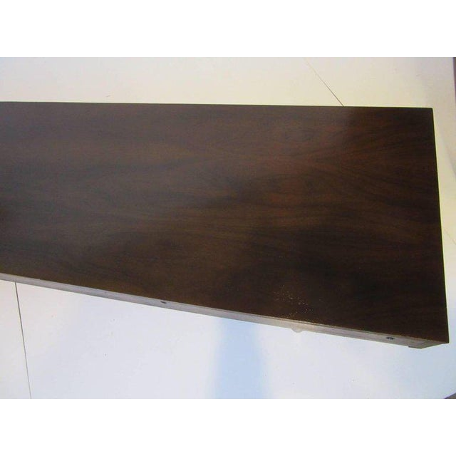 American of Martinsville Ebony and Brass Platform Bookcase For Sale In Cincinnati - Image 6 of 7