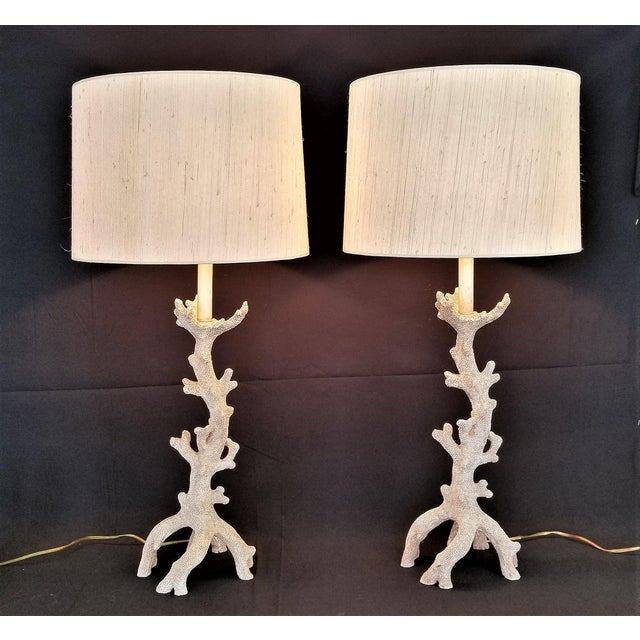 Abstract Faux Coral Tan Table Lamps - a Pair - Large - Vintage Mid Century Modern MCM Palm Beach Tree Boho Chic Coastal Tropical Nautical Shell For Sale - Image 3 of 13