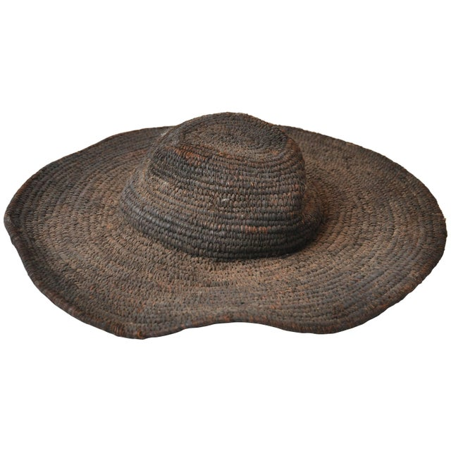 Early 20th Century Woven African Hat From Cameroon For Sale In Chicago - Image 6 of 6