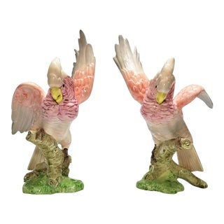Pink Cockatoos Pair of Parrots Figurine Sculptures by Fitz & Floyd 1986 - Signed -Large Scale - Mid Century Modern Palm Beach Boho Chic Birds For Sale