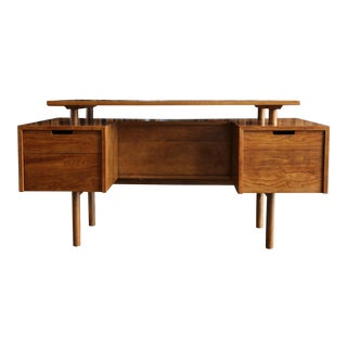 Walnut Desk by Milo Baughman for Glenn of California For Sale